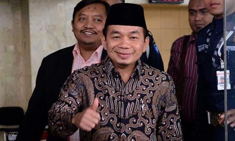Ketua Fraksi PKS : Minta Batalkan Kebijakan Kenaikan Harga BBM dan TDL