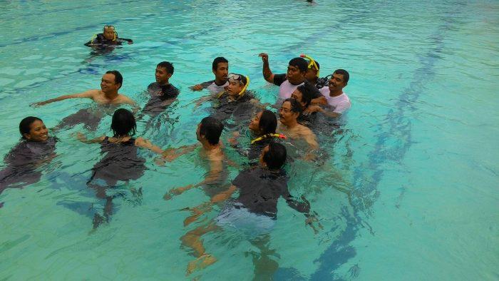 Kasal Bersama Media Saat Gathering di Kolam Renang Jala Tirta