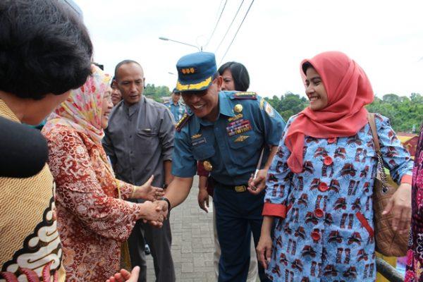 Danlanal Malang  Sambut Rombongan Pesone Yayasan Kanker