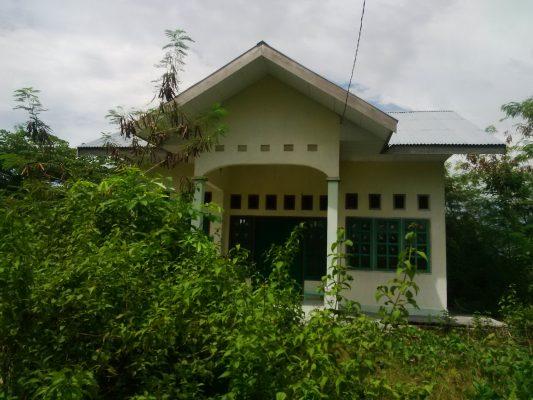 Bangunan Baru Puskesmas di Desa Falabisahaya Memprihatinkan