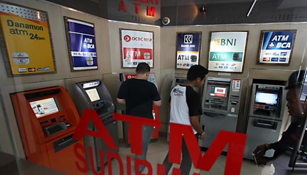 Jaga Keamanan, BI Tetapkan Standar Chip ATM