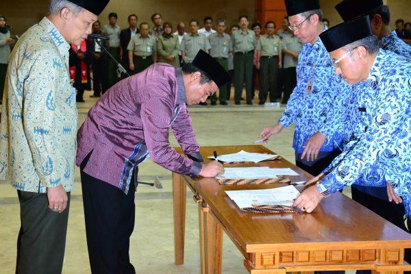 Kementerian PANRB, Batas Usia Diangkat Eselon II 56 Tahun
