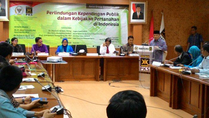 Ketua Fraksi PKS DPR : Ingatkan Pemerintah Prioritaskan Kepentingan Publik