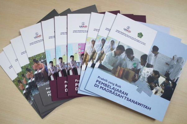 Ingin Sukses Kembangkan Madrasah, Bacalah Buku Terbitan USAID dan Kemenag Ini