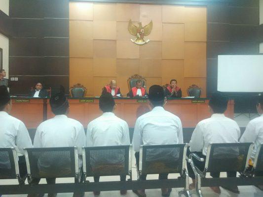 asus Bentrok Warga Jatiwaringin Versus Geng Motor Hakim Putuskan Lanjutkan Sidang