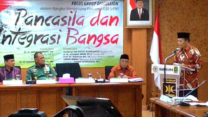 Ketua Fraksi Undang Panglima TNI, Dalam Memperingati G30S/PKI