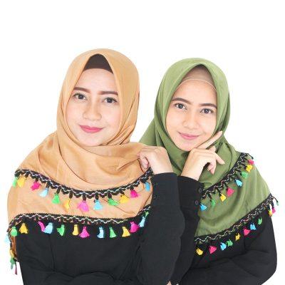 Tips Memilih Aksesoris Hijab Segi Empat