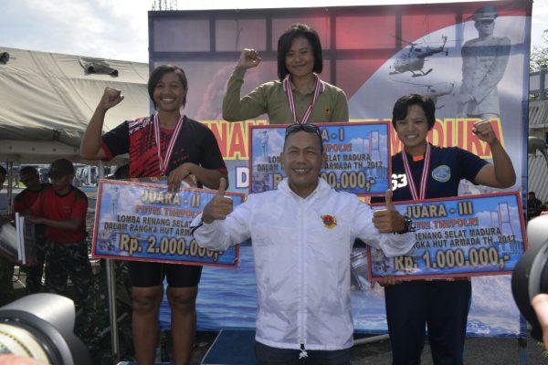 Atlet Renang Putri Lantamal V, Juara II Lomba Renang Selat Madura Hari Armada 2017