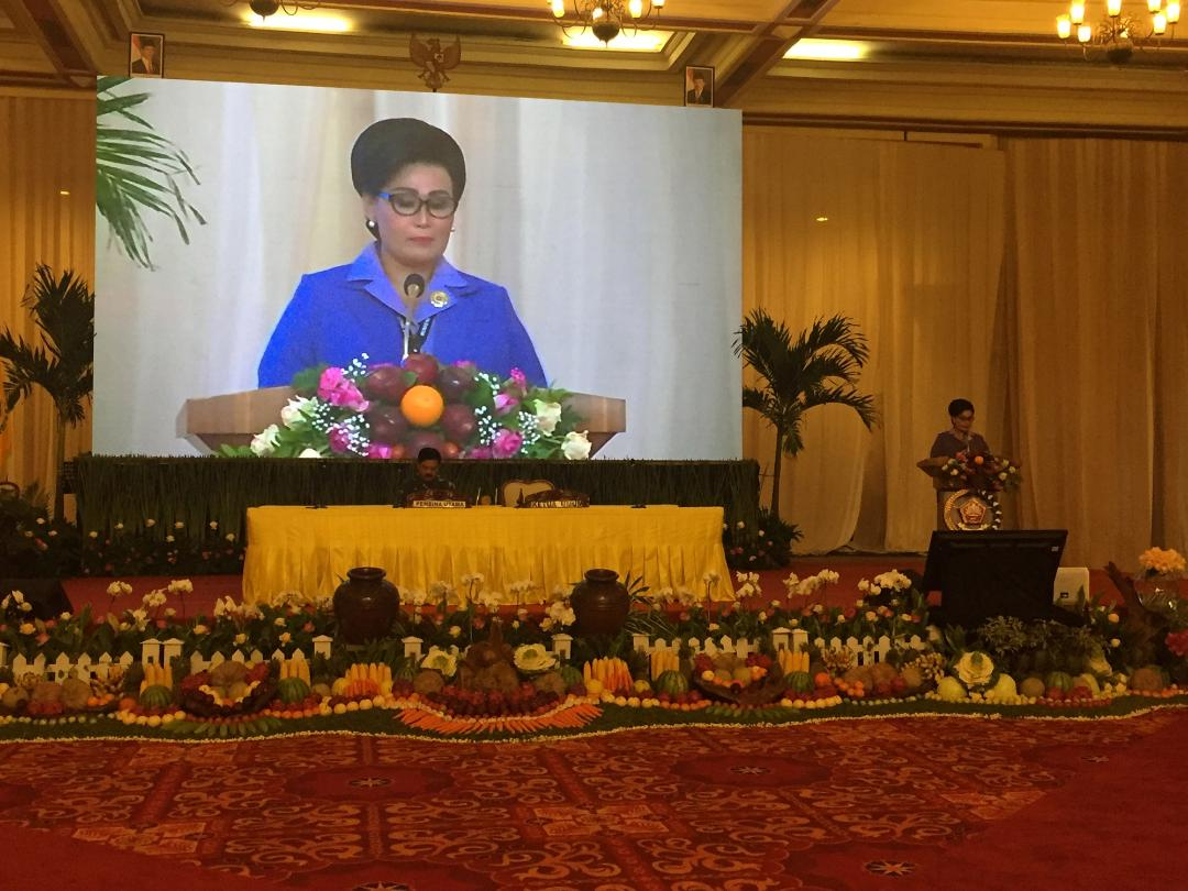 Ibu Nanny Hadi Tjahjanto : Dharma Pertiwi Dukung Suksesnya Tugas TNI