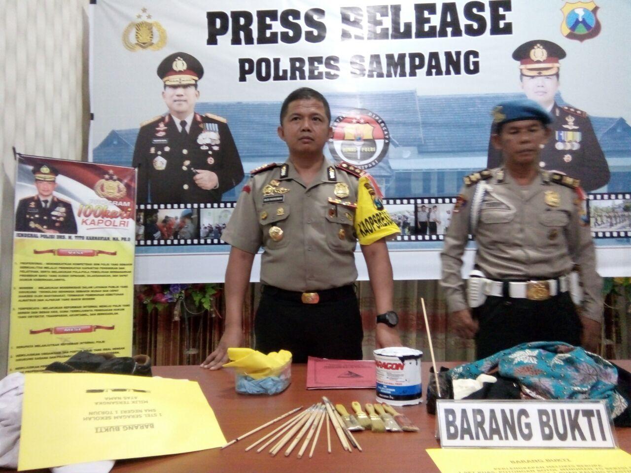 Murid Penganiaya Guru di Sampang Ditetapkan Sebagai Tersangka