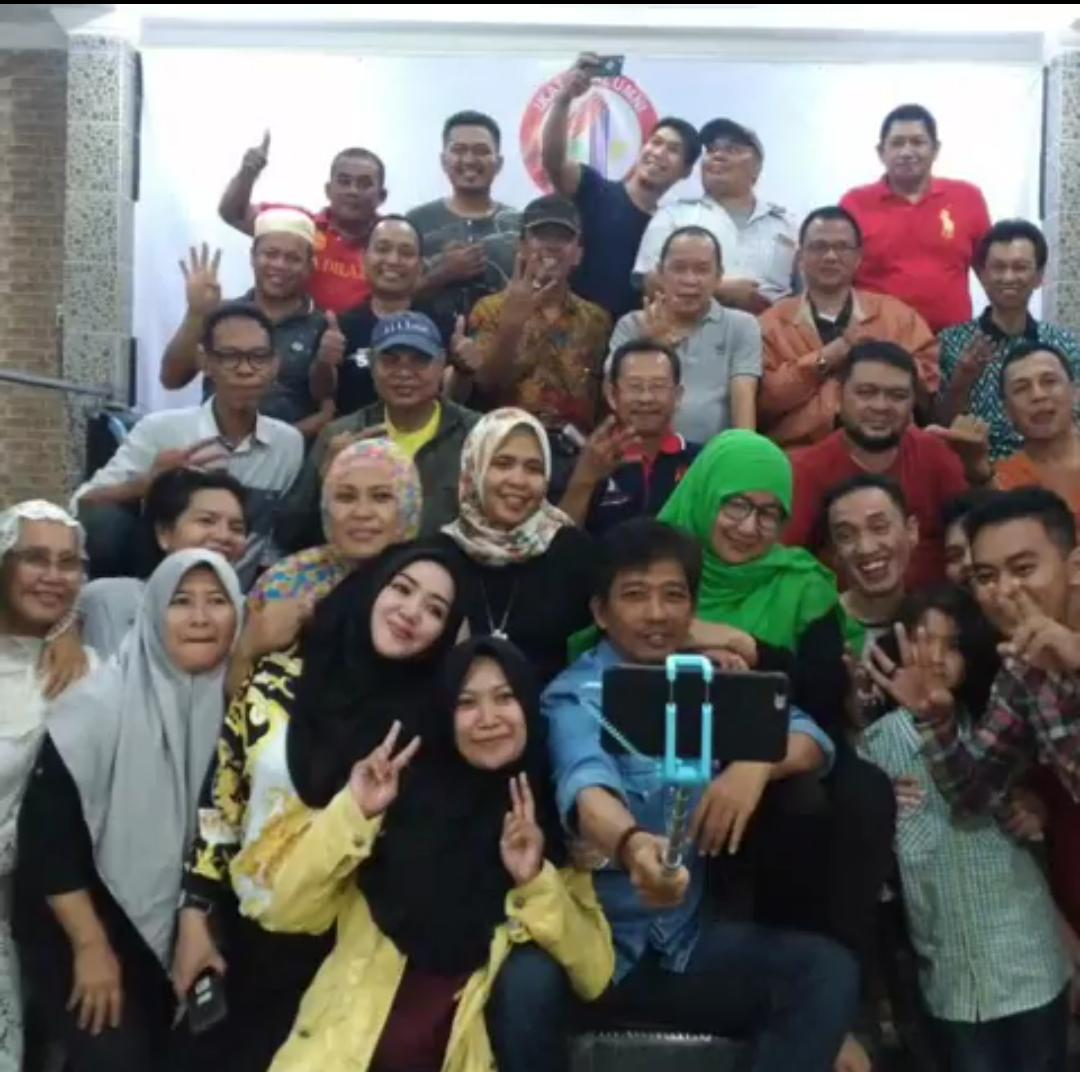 Reunian Family Gatrering  SMA 4 Makassar Berjalan Meriah