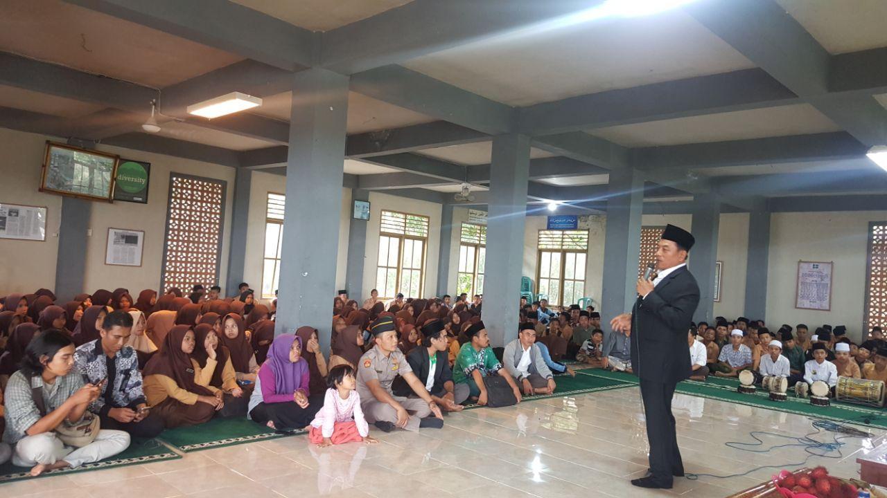 Moeldoko Beranjangsana ke Ponpes Al-Manshuriyah Ta'limusshibyan, Bonder, Lombok Tengah
