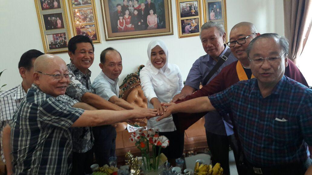 Fitrianti Agustinda Blusukan dipasar Kentut Palembang