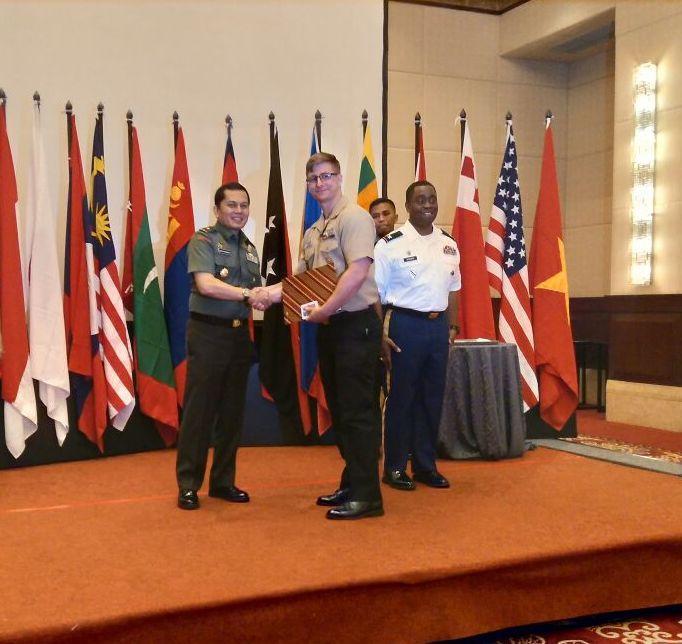 Berita Foto : Latihan MCIP TNI-USAPACOM Resmi Ditutup