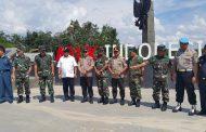 Berita Foto : Panglima TNI Tinjau Perbatasan Darat Indonesia – Malaysia di Aruk