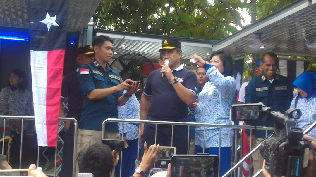 Prajurit TNI AL Olahraga Bersama KASAL Sekaligus Meresmikan TV Streaming