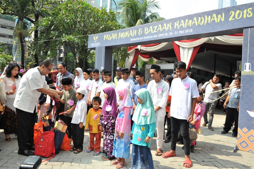 Kemenkop dan UKM Gelar Pasar Murah dan Bazaar Ramadan