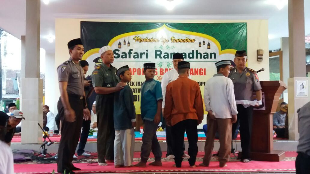 Danramil 0825/04 Genteng Hadiri Safari Ramadhan Kapolres Banyuwangi