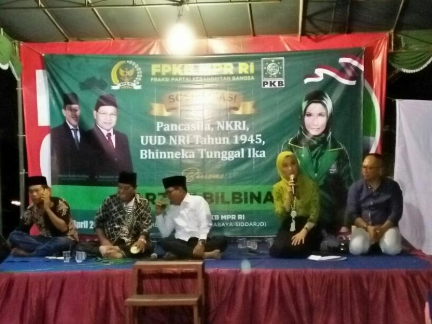Arzeti Bilbina Sosialisasikan 4 Pilar Kebangsaan di Surabaya