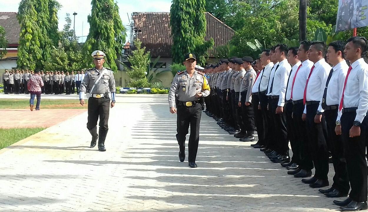 Jelang Lebaran, Polres Sumenep Laksanakan Apel Gelar Pasukan Operasi Ketupat Semeru 2018