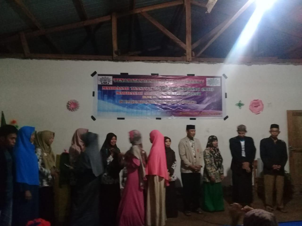 Camat Tombolopao Bukber Siswa dan  Alumni Perguruan Muhammadiyah Balassuka Gowa