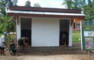 Masyarakat Desa Tujung Senang Ada MCK Umum di Desanya