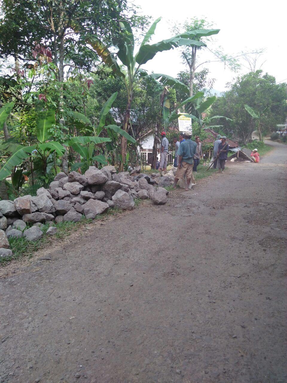 Pembangunan Irigasi di Desa Buniwangi Berjalan Dengan Baik