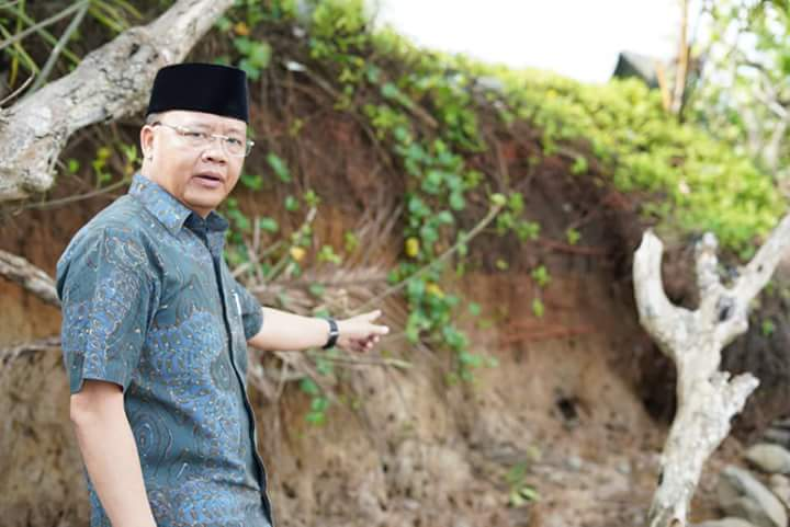 Diperjalanan Dinas Plt Gubernur Tampung Keluhan Masyarakat Batiknau Kabupaten BU
