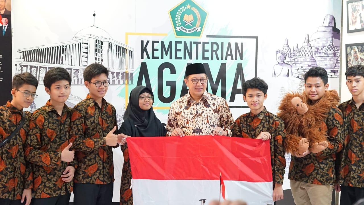Telkom Kirimkan Pelajar Indonesia ke Olimpiade Robot Terbesar Dunia