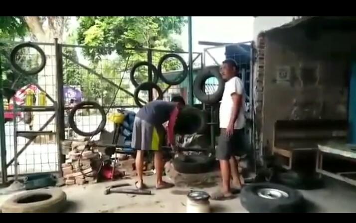 Anak Tukang Tambal Ban Jadi Anggota Polri