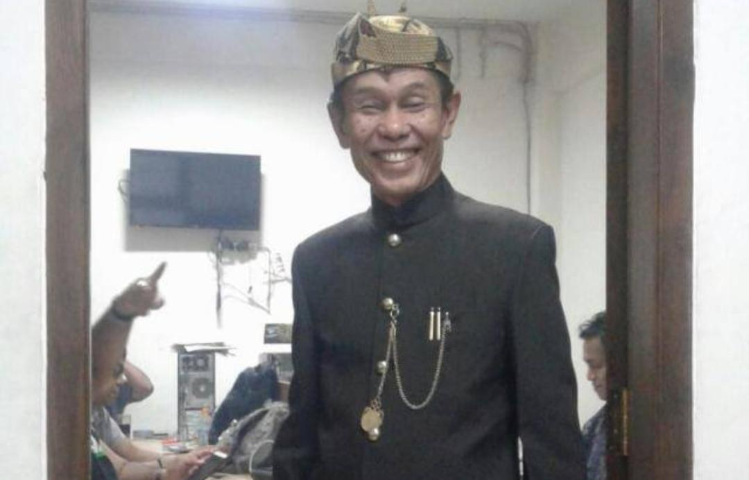 """Cari  Aman""  Soekarwo Dukung Jokowi Padahal  SBY  Koalisi  dengan  Prabowo"