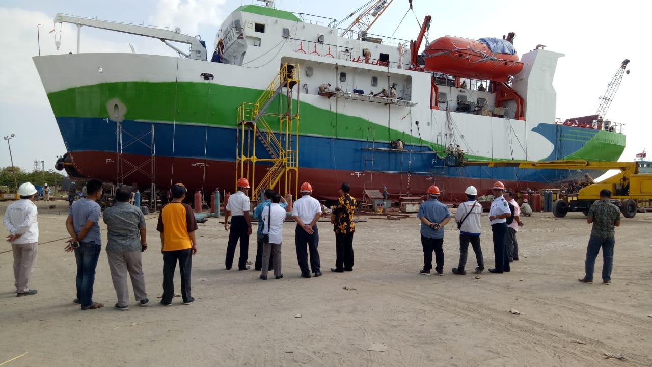 Komisi III DPRD Kabupaten Sumenep Tinjau Pembuatan Kapal Sumekar III