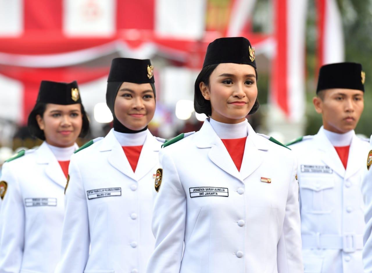 Kirab Obor Asian Games 2018 Meriahkan Upacara Penurunan Sang Merah Putih di Istana Merdeka