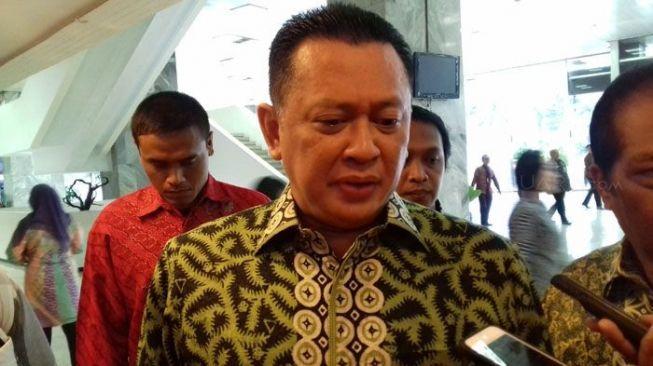 Bamsoet Minta Pembantu Jokowi Antisipasi Gejolak Ekonomi Tur