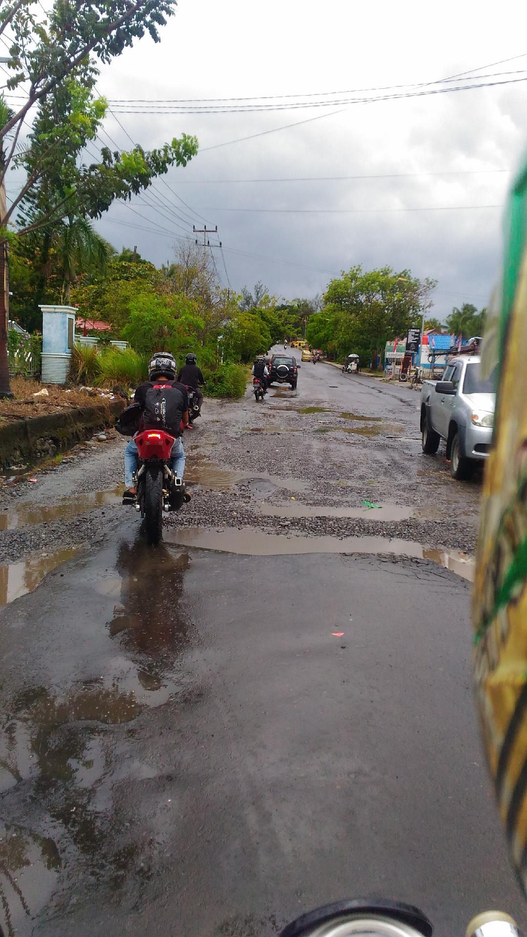 Perwakilan Beritalima Bengkulu Harapkan Jalan Simpang Lempuing Direnovasi