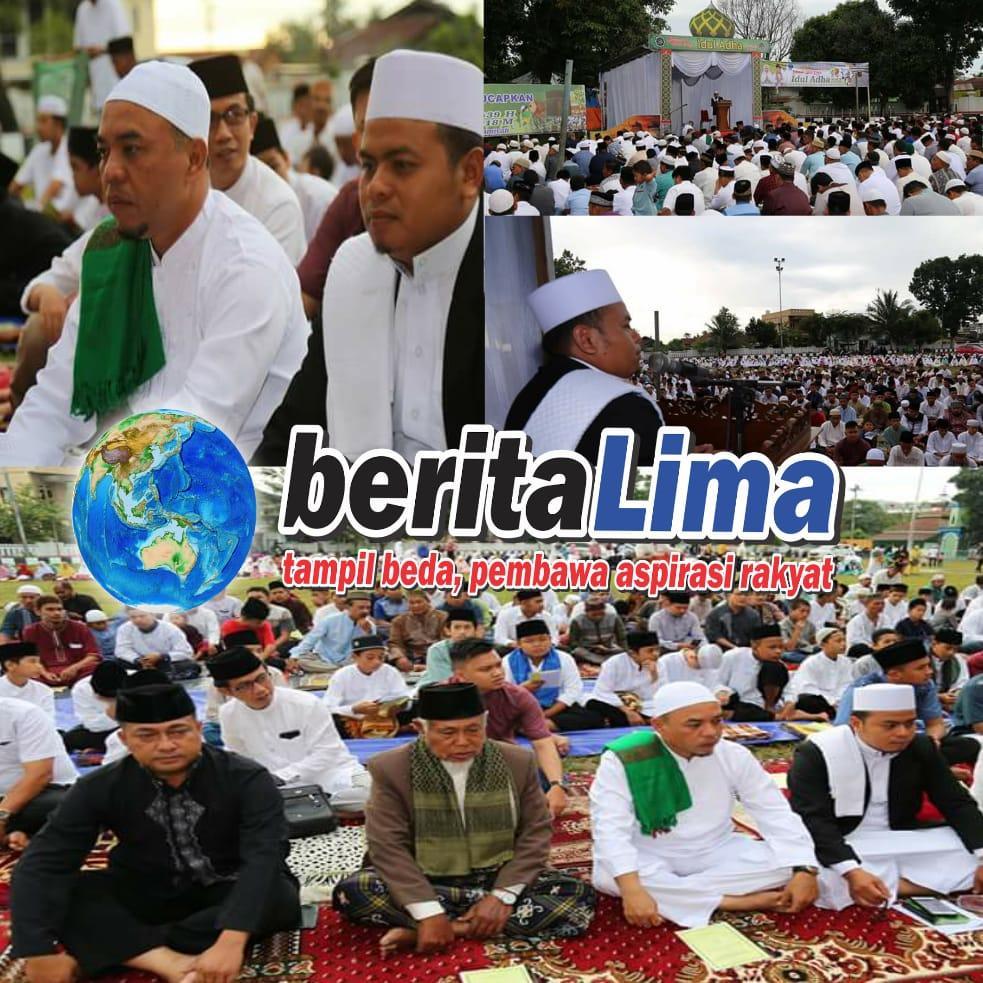 Suasana Sholat Idul Adha Di Lapangan Ikabina Rantauprapat