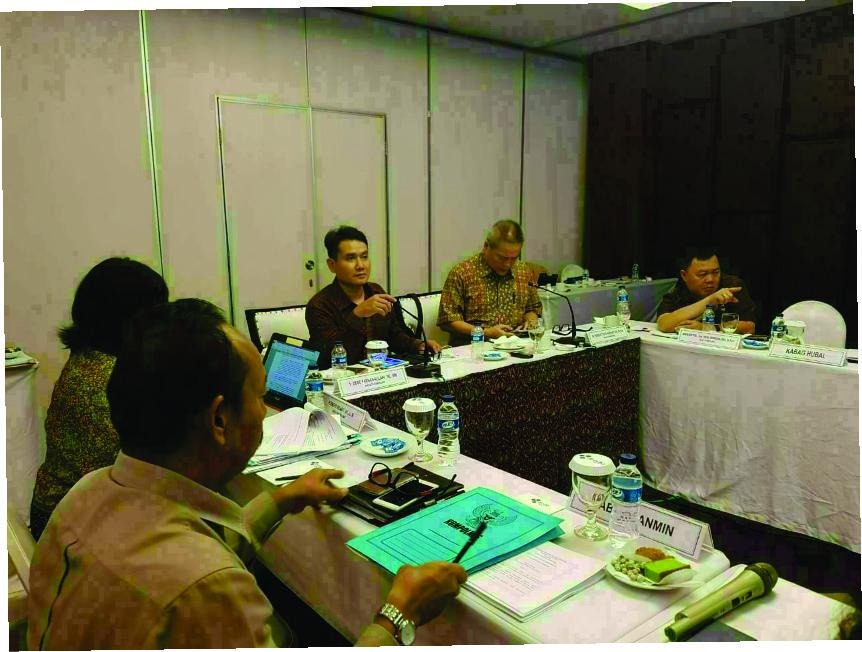 """Salah Satu Anggota Kompolnas """"Dede Farhan"""" Menjabarkan Hukum Yang Ada Di Indonesia"""