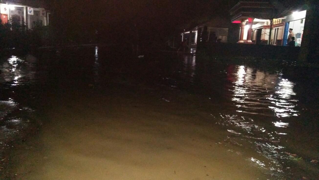 Musibah Banjir Menimpa Pekon Guring Kecamatan Pematang Sawa