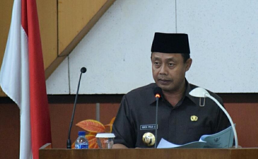 Pj Bupati Madiun Sampaikan Rancangan P-APBD