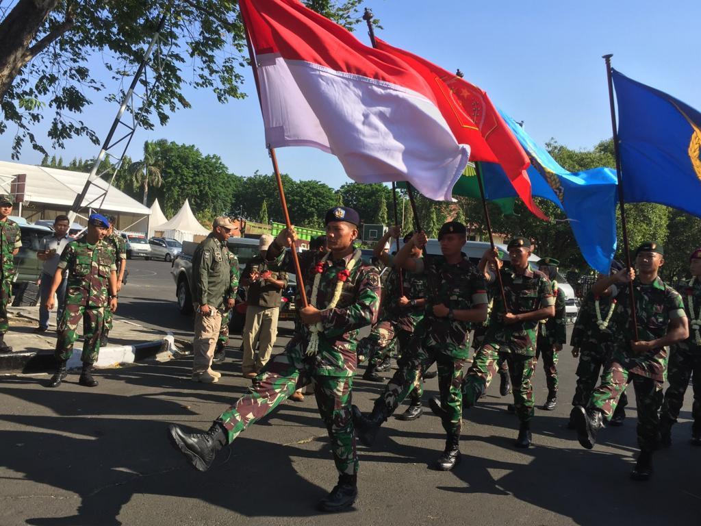 Flag Relay Merah Putih Tiba di Kota Surabaya
