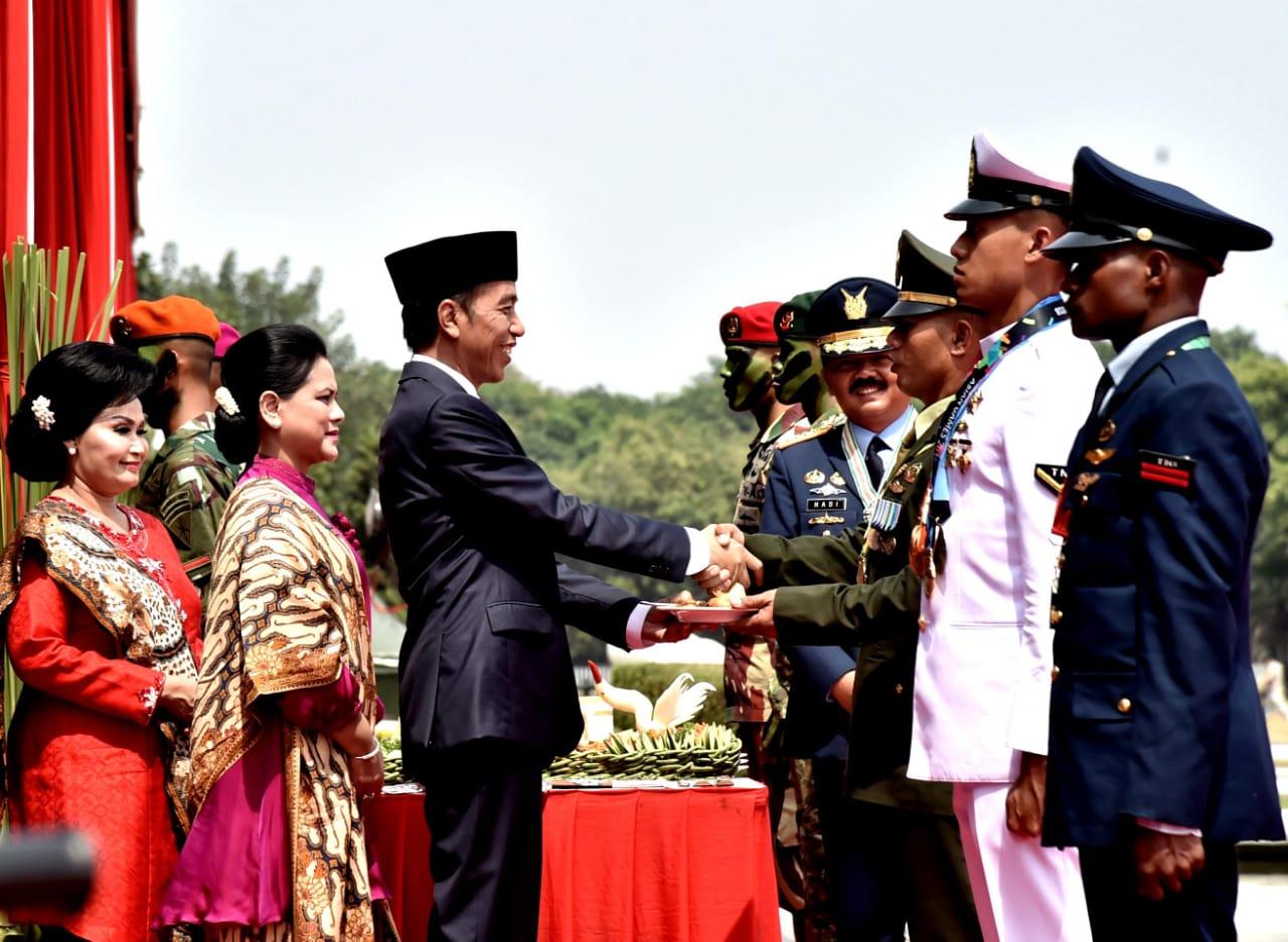 Presiden Jokowi Puji Kesiapsiagaan TNI Hadapi Bencana