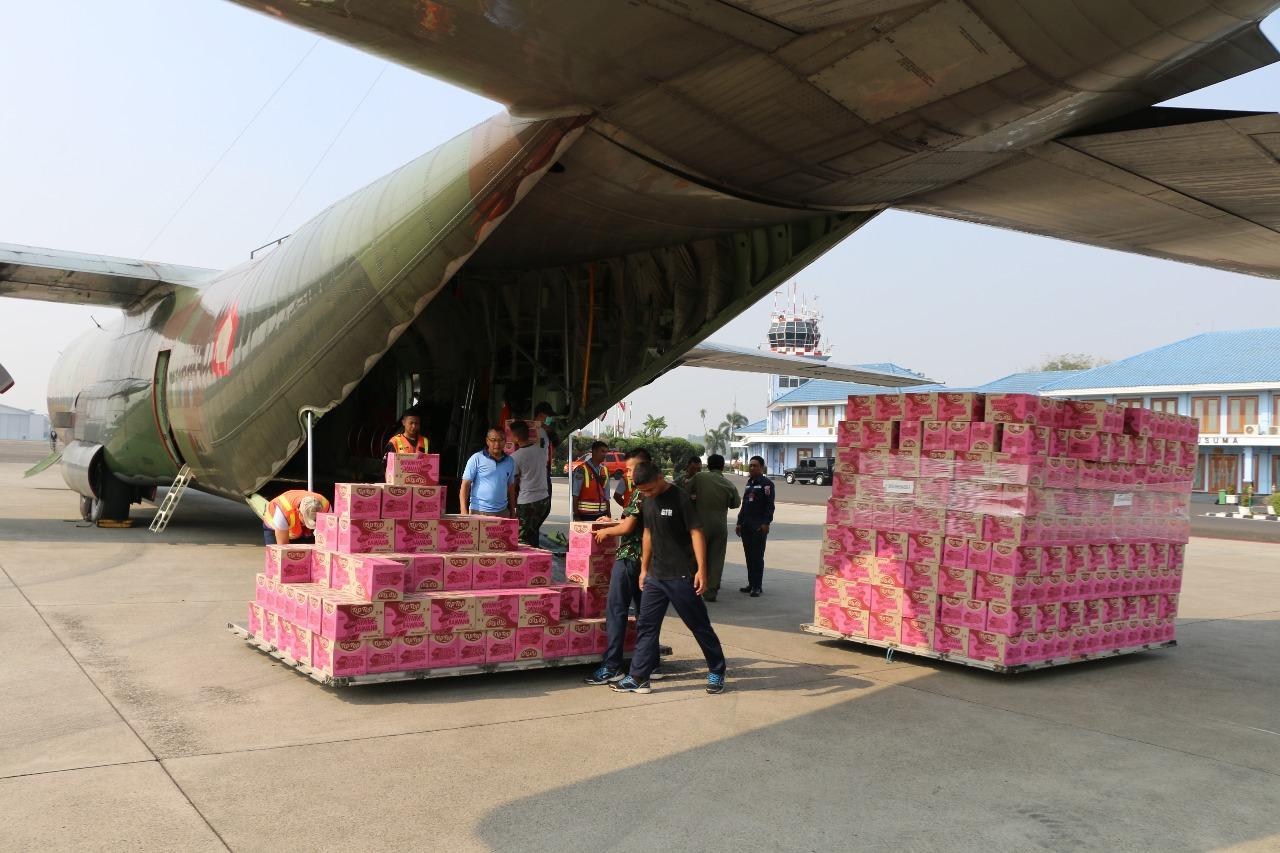 Berita Foto :  Enam Pesawat Hercules Angkut Bantuan dan Personel Brimob ke Palu