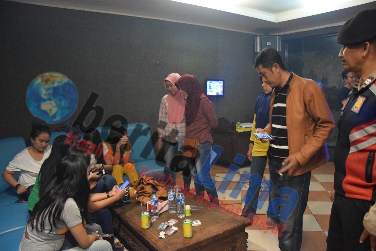 Dua Tempat Karaoke di Pamekasan Kembali Di Razia, Sembilan Purel Tes Urine