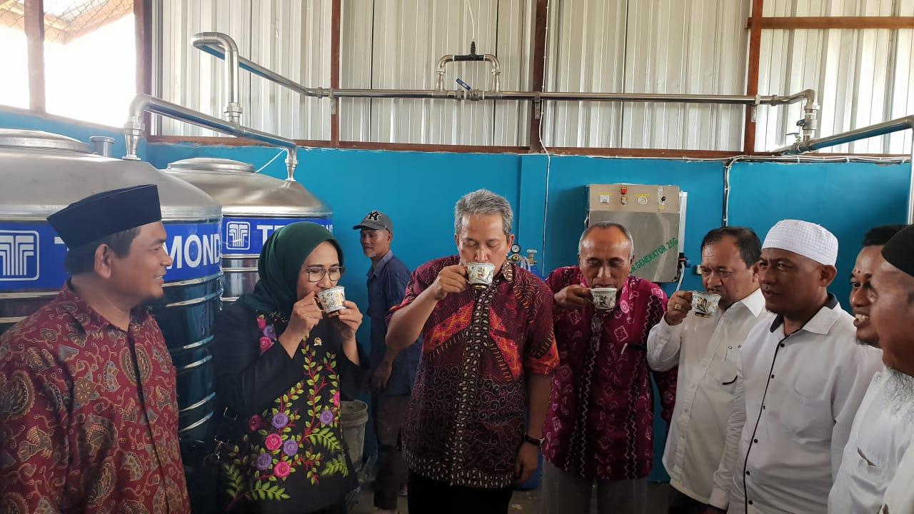 Hetifah: Pengolahan Air Siap Minum Bisa Memotivasi Santri Berinovasi