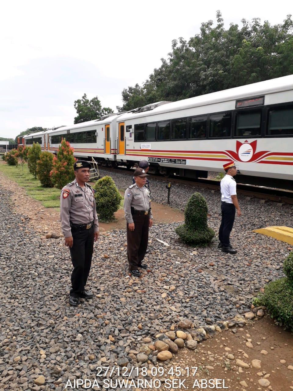 Polres Lampung Utara Tingkatkan Pengamanan di Stasiun Kereta Api