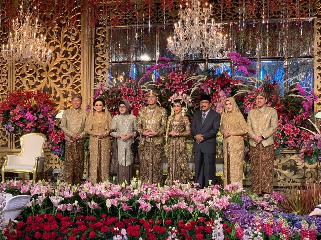 Diva Indonesia Meriahkan Resepsi Pernikahan Putri Asisten II Pemprov Jatim