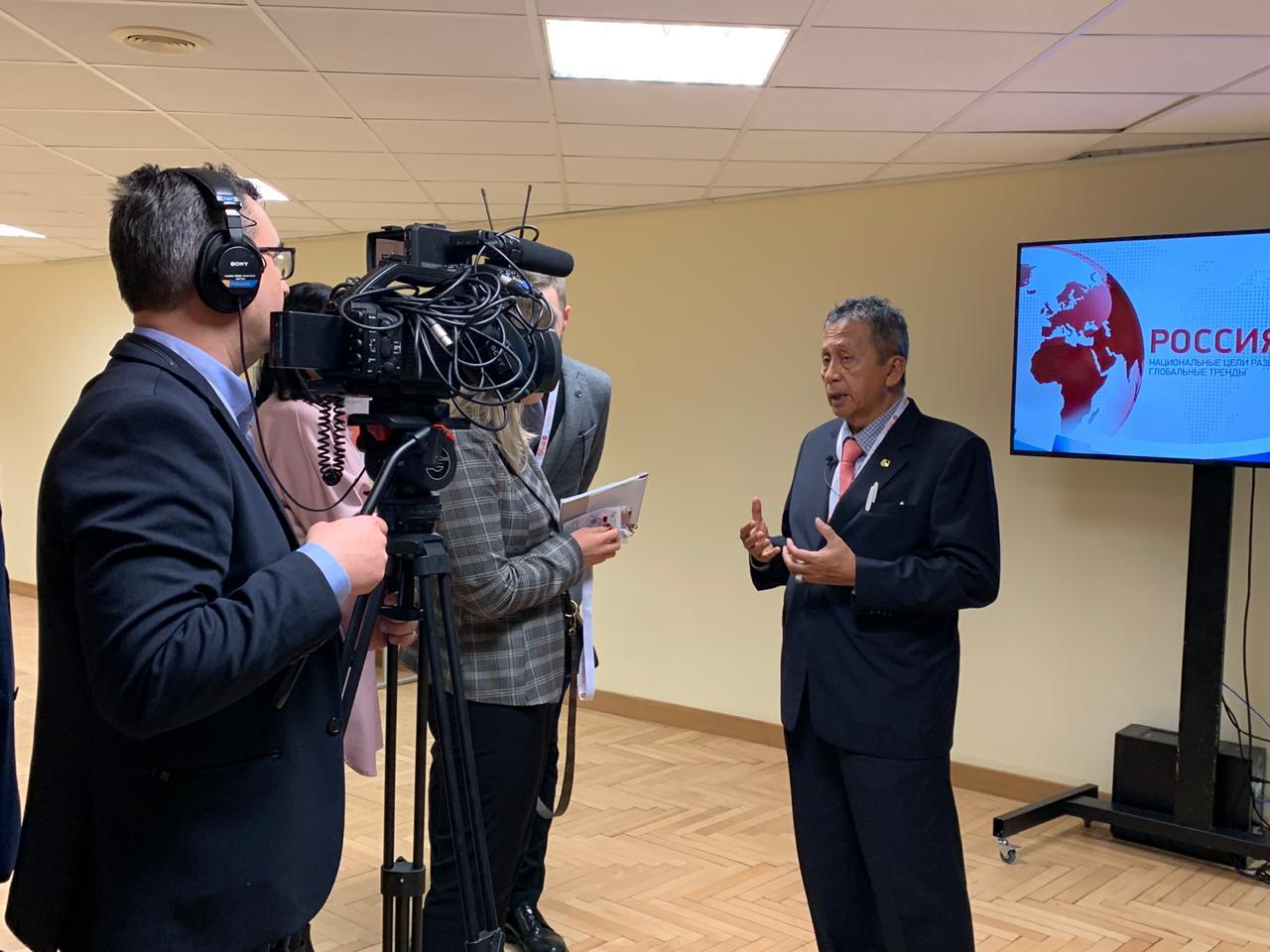 Ketua BPK Jelaskan Rencana Audit Strategis di Gaidar Forum Yang Digelar di Rusia