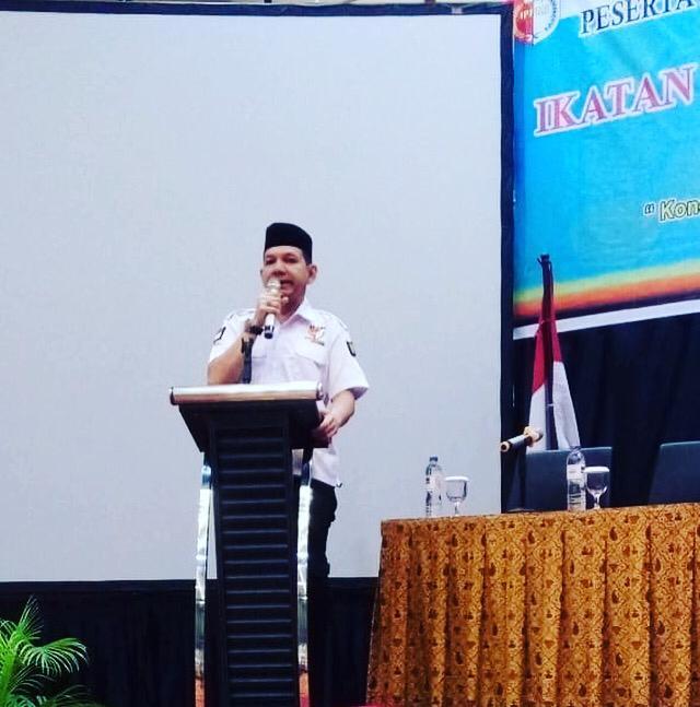 Pemuda Minang Tantang Jokowi-Makruf dan Prabowo-Sandi Uji Baca Al-Quran/Jadi Imam Sholat