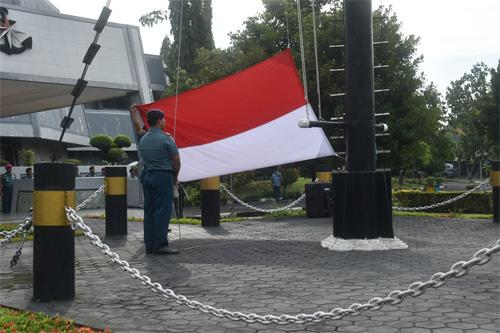 Komandan Lanal Denpasar Hadiri Upacara Gelar Operasi Gaktib Dan Yustisi Ta.2019