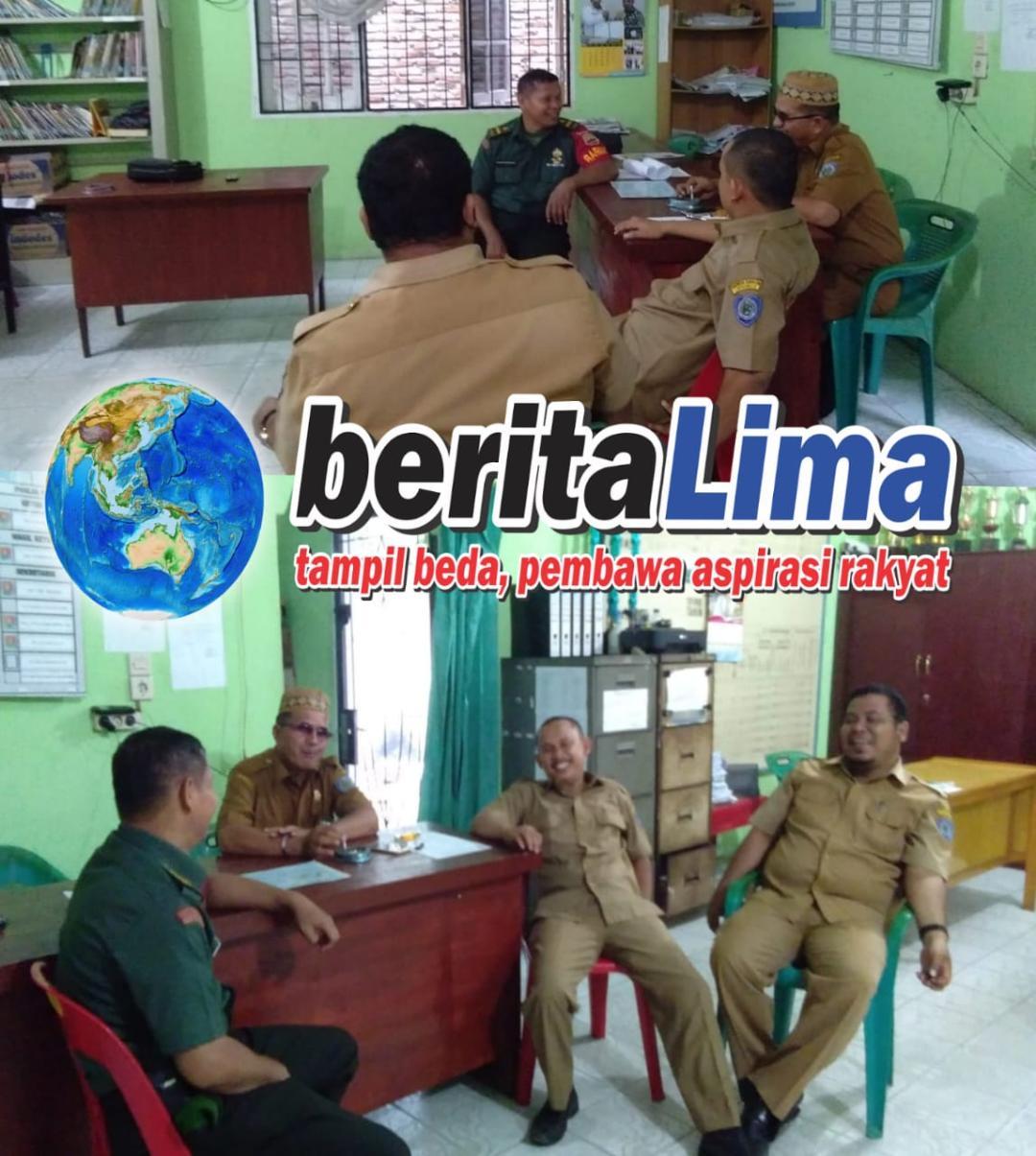 """Babinsa Koramil 08/RP Kodim 0209/LB, Komsos Rencana Desa/Kelurahan 'Bersinar"""""""